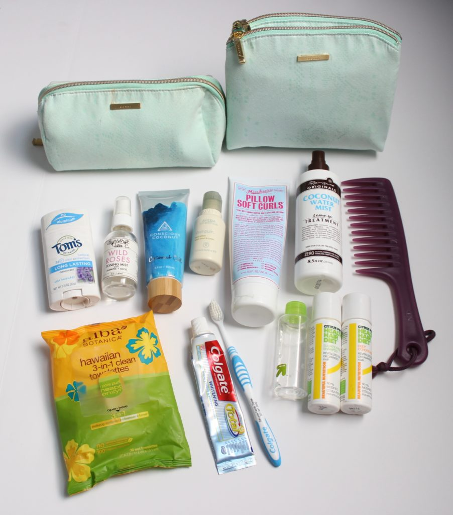Minimalist Packing Toiletries and Make-up Bag